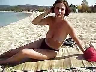 tits with big black diamond