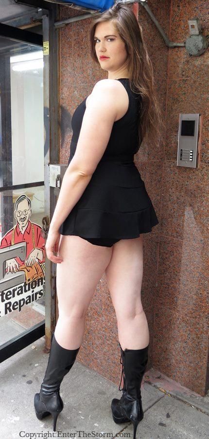 fetish giant woman